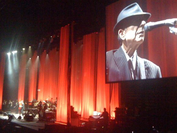 Leonard Cohen: First we take Malmö